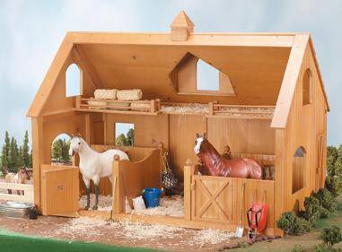 breyer - deluxe wood barn with cupola on lovemypets.com