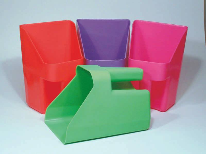 Plastic Feed Scoop (Assorted)