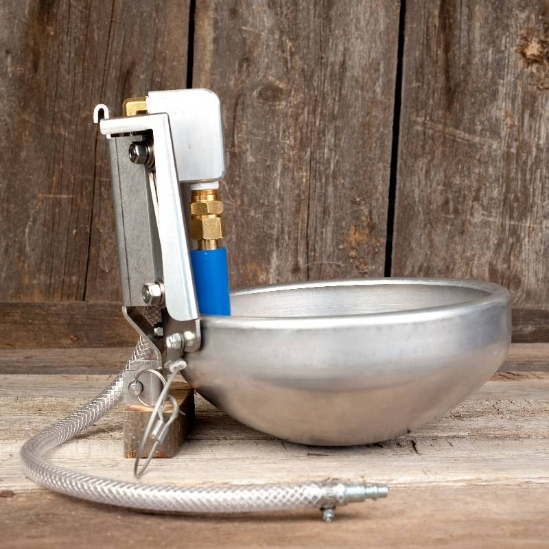 HydraHorse Stall Bowl with Bracket