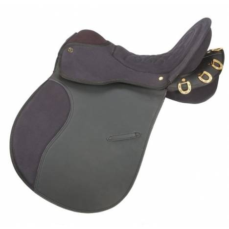 Equiroyal Synthetic Endurance Trail Saddle with o Horn Package