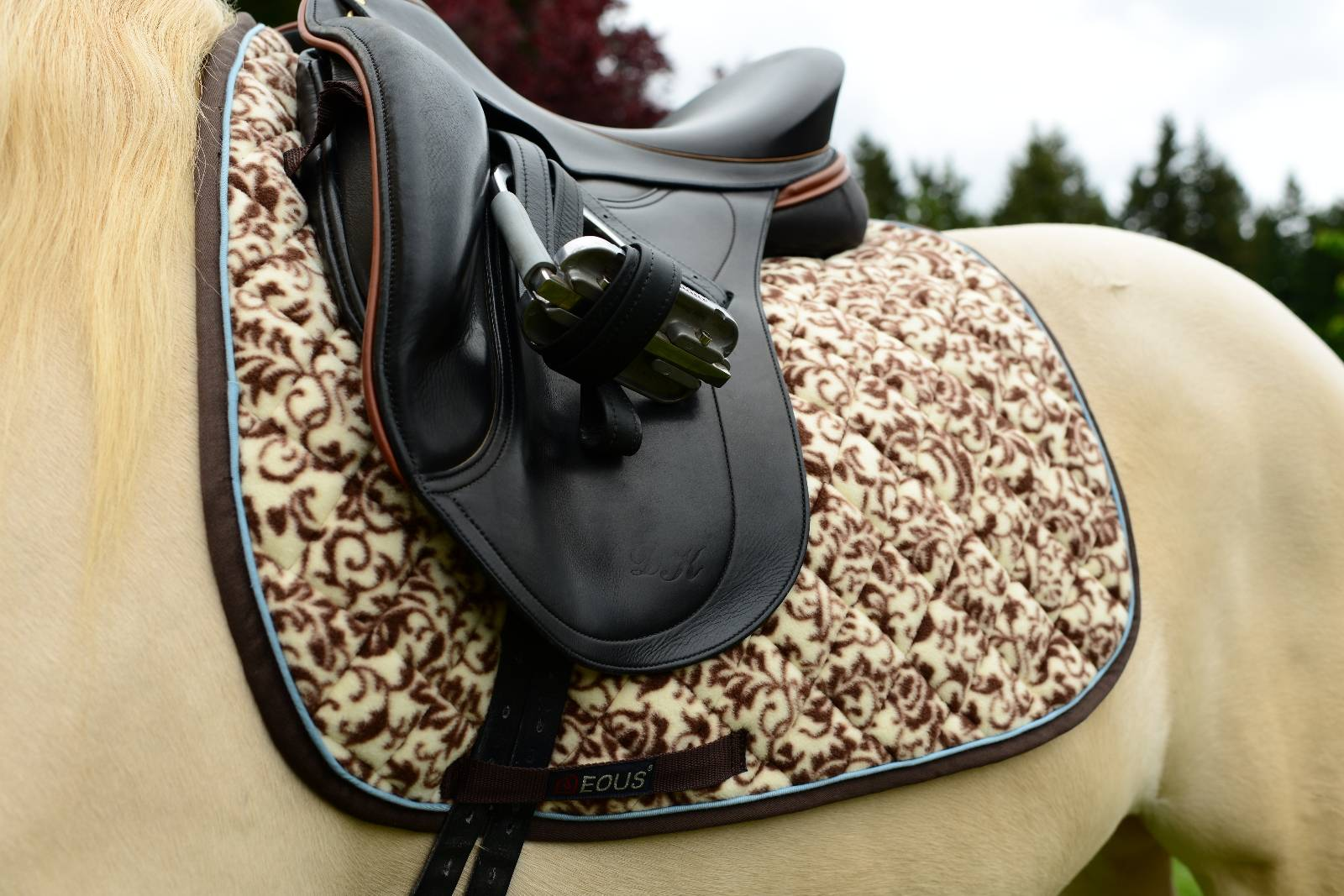 EOUS Patterned All-Purpose Saddle Pads - Brown Floral