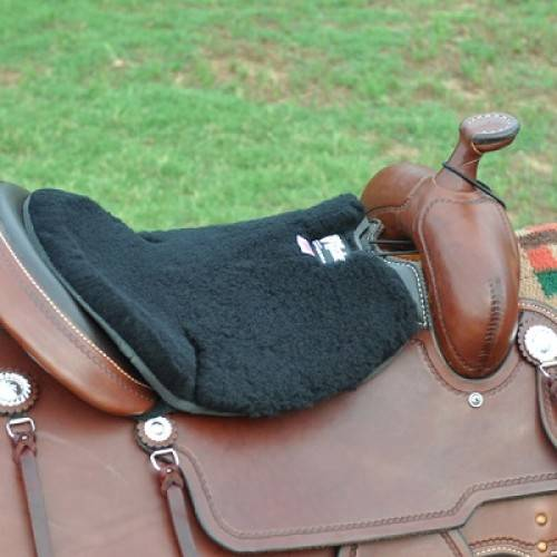 CASHEL Western Long Fleece Cushion