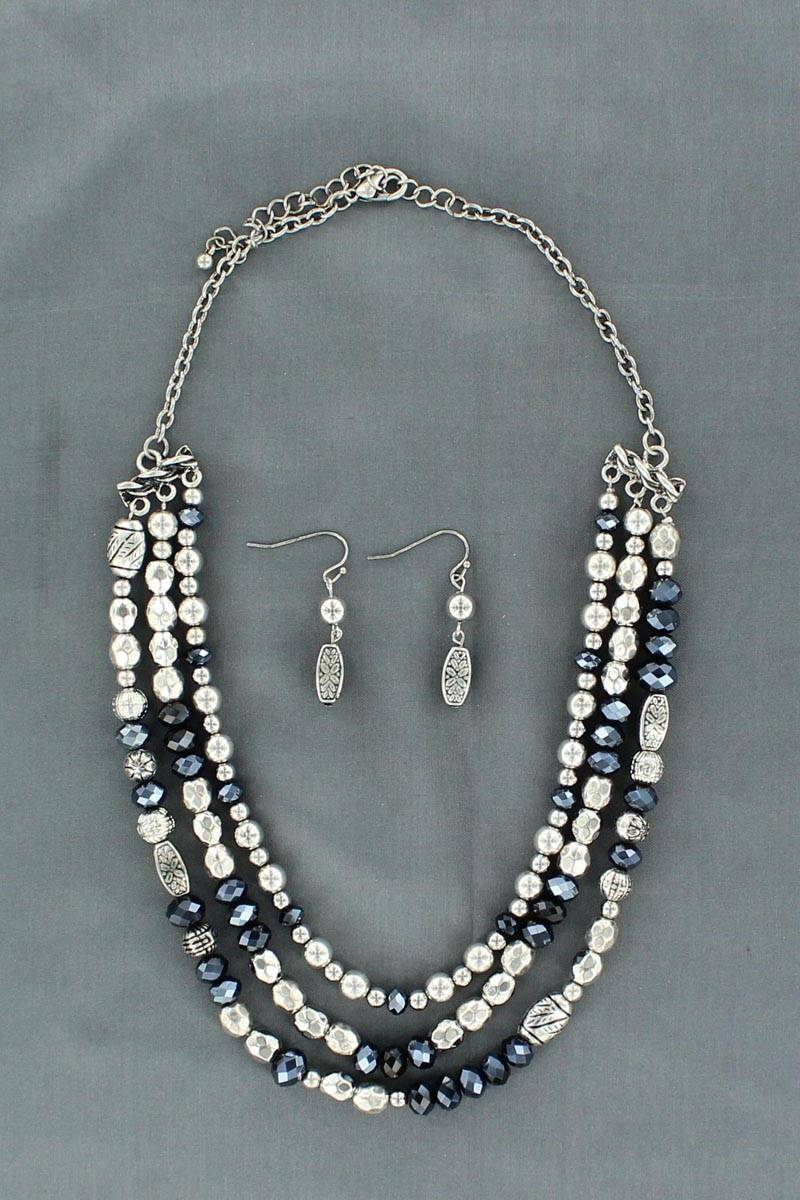 Blazin Roxx 3 Strand Beaded Necklace and Earrings Set