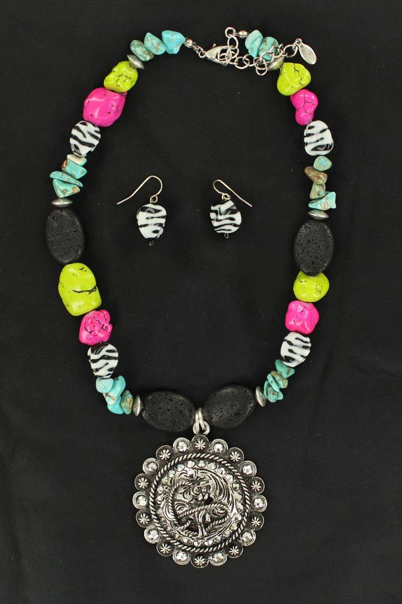 Blazin Roxx Cowgirl Concho Necklace Set