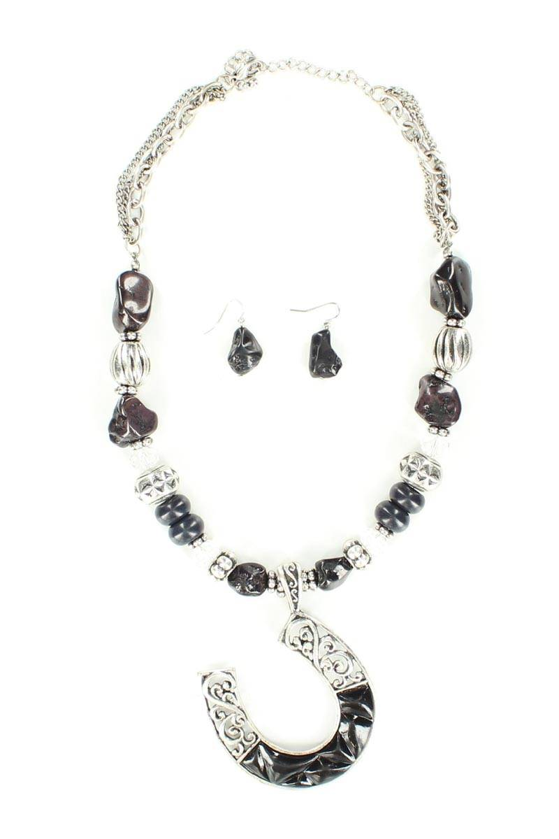 Blazin Roxx Horseshoe Beaded Neckace Set