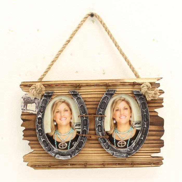 Western Moments Double Horseshoe Hanging Frame