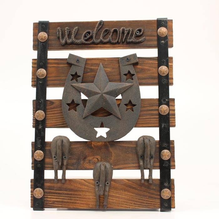 Western Moments Star/HS Welcome Sign