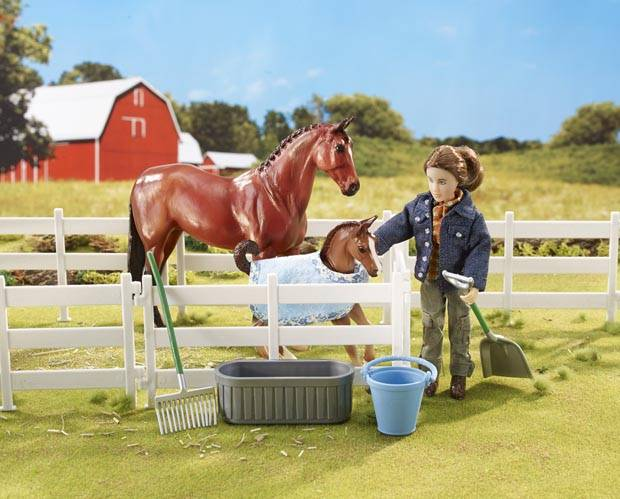 Breyer Classics New Arrival At The Barn