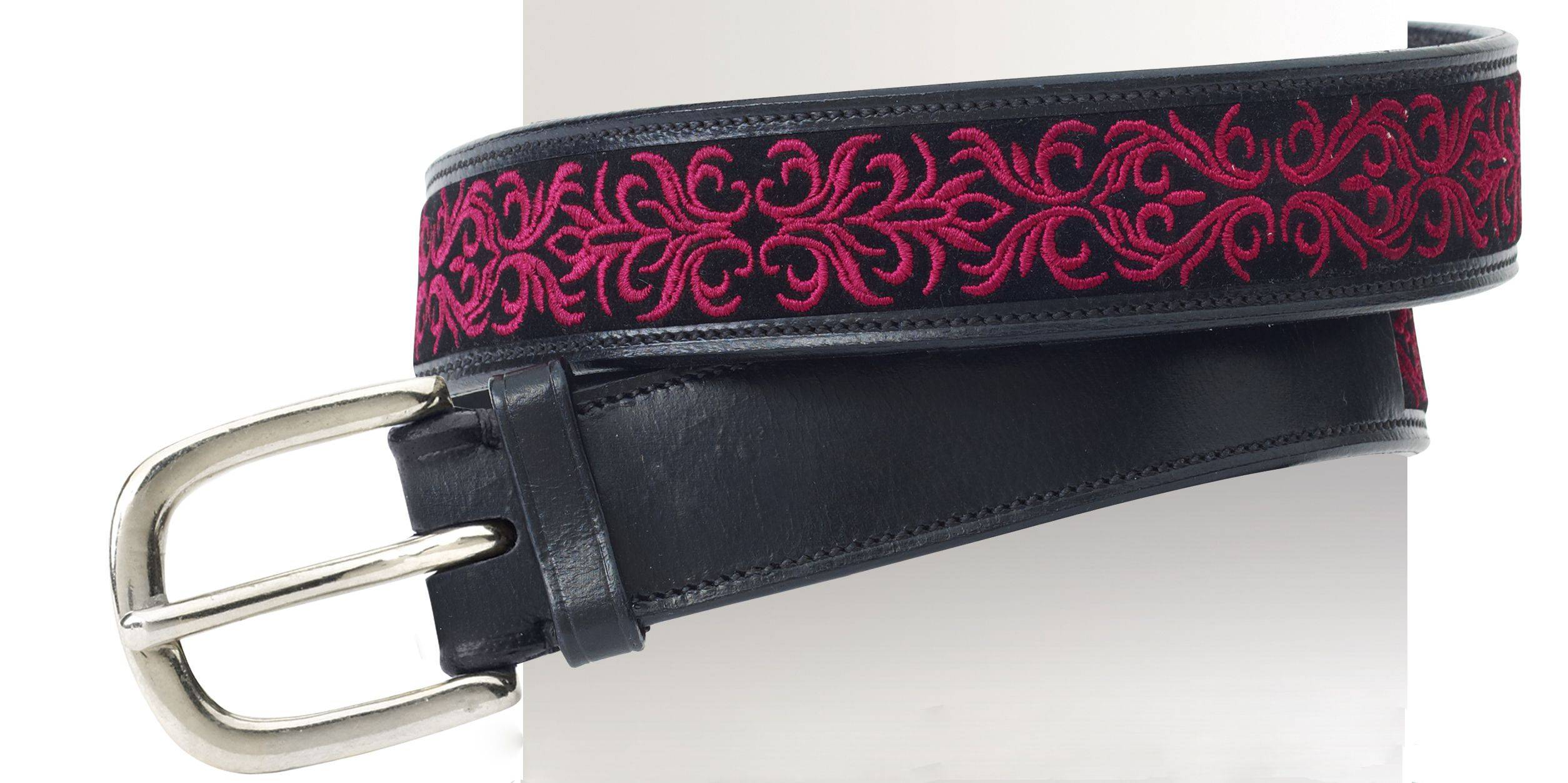 Ovation Ladies' Filigree Embroidered 1.5'' Belt