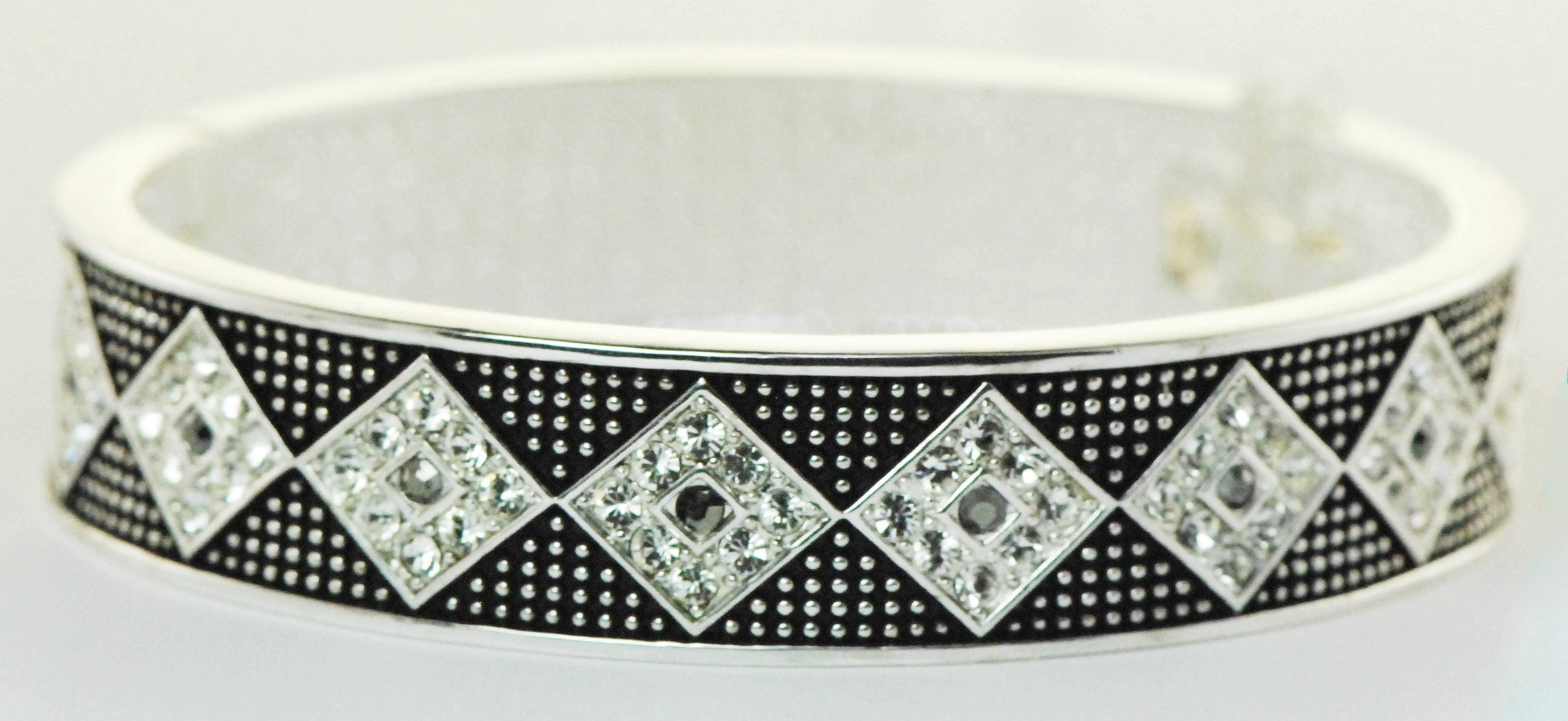 Western Edge Jewelry Diamond Stone Bracelet