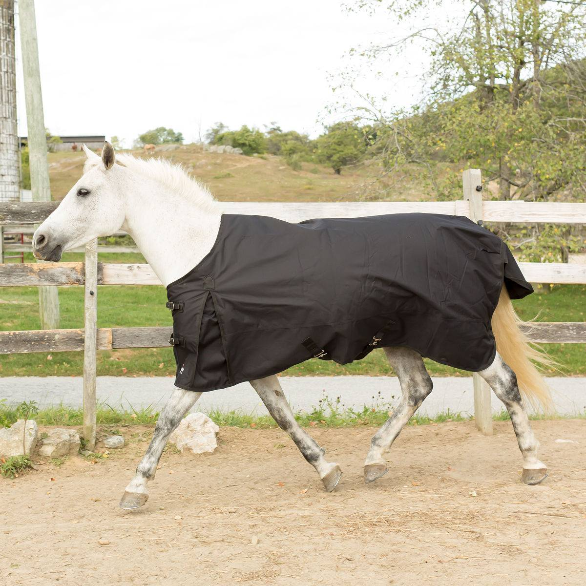 Horze Dakota Lightweight Turnout Rain Sheet