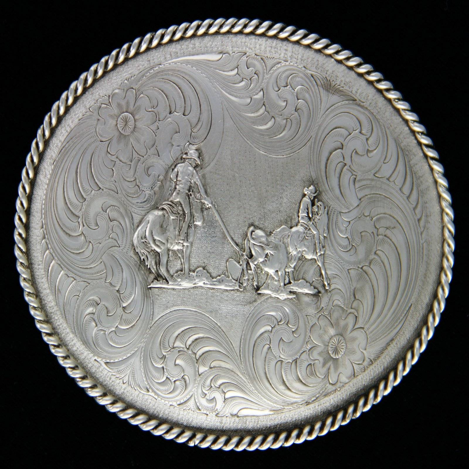 Montana Silversmiths Oval Engraved Buckle With Team Ropers