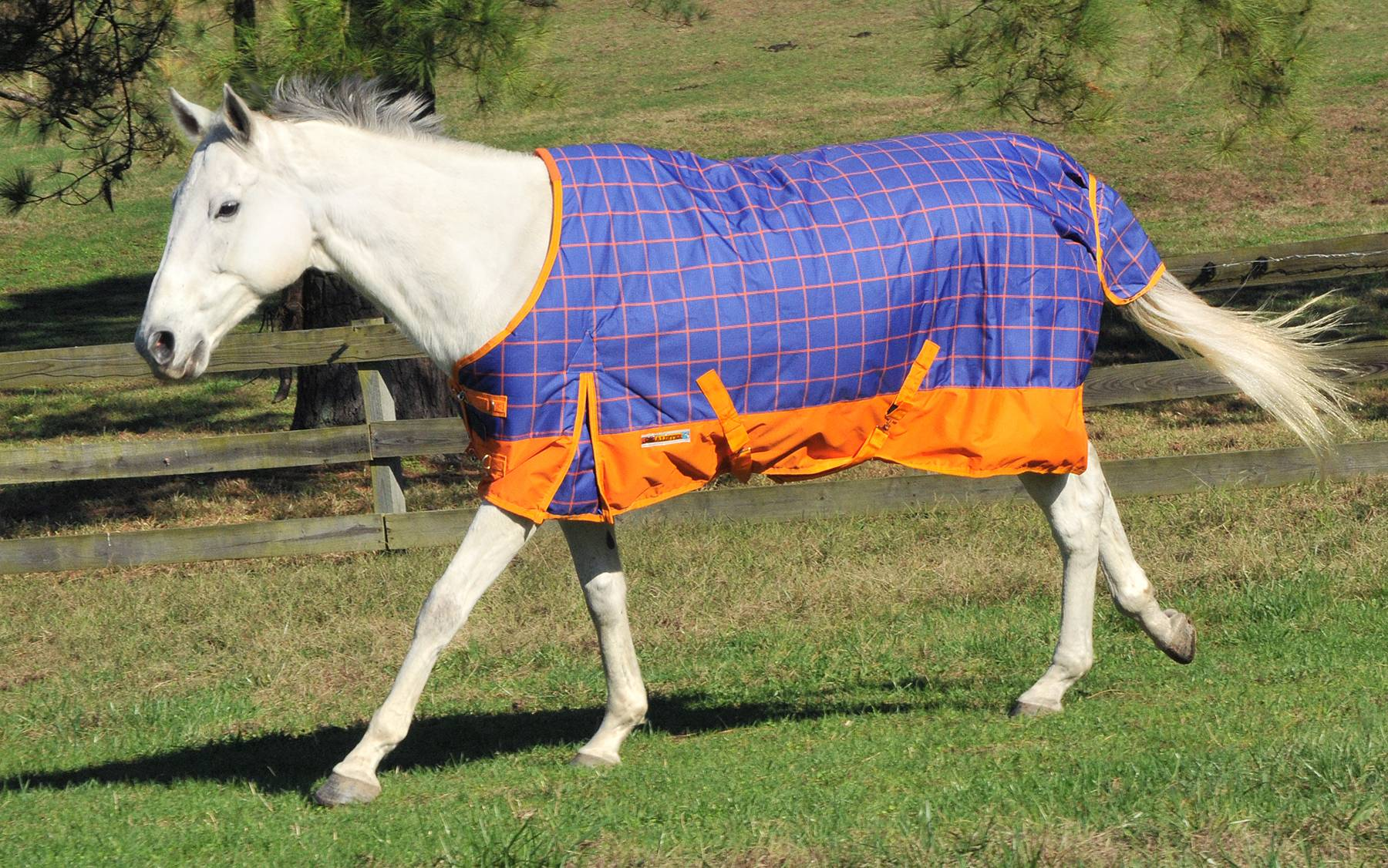 McAlister 600D Waterproof Heavyweight Turnout Blanket