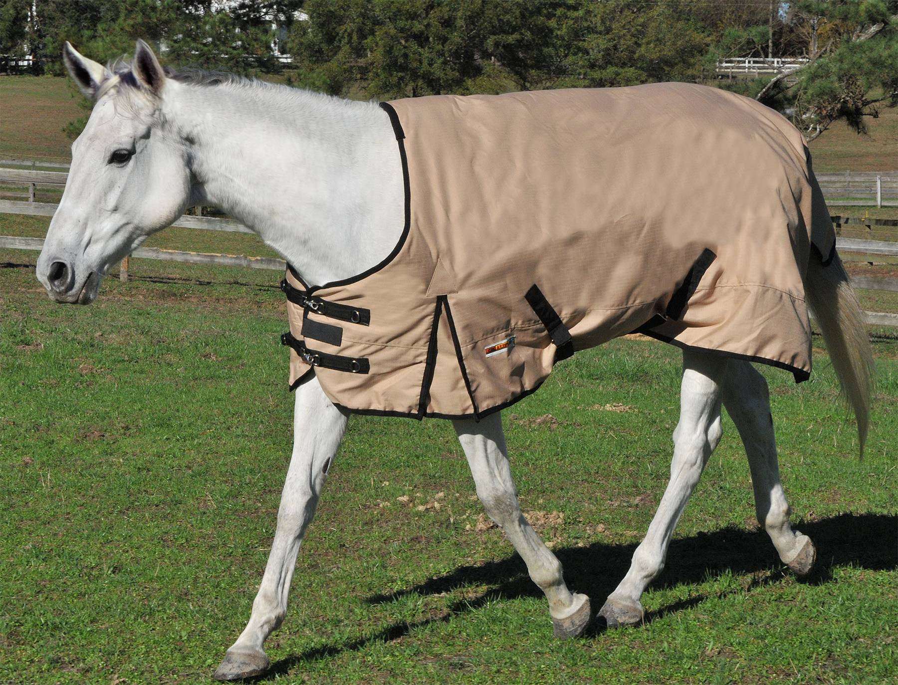 McAlister 1200D Waterproof Heavyweight Turnout Blanket