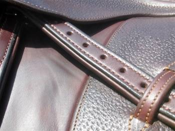 Nunn Finer Padded Nylon Centered Stirrup Leathers