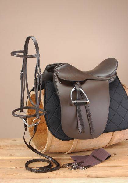 EquiRoyal Gold Winner Equitation Saddle Package