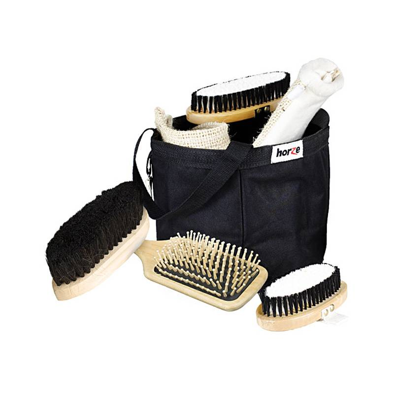 HorZe Grooming Set In A Black Bag