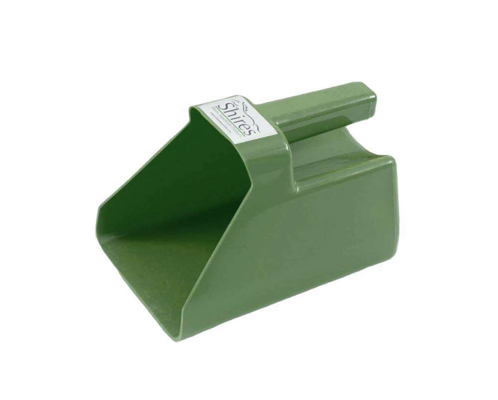 Shires Plastic Feed Scoop | HorseLoverZ